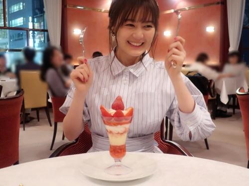 【生田絵梨花グラビア画像】アイドルは女優になる為の糧というストイック美女 38
