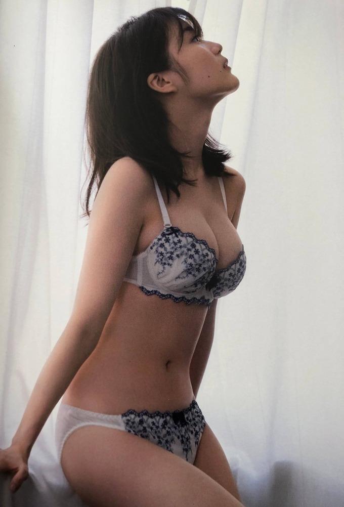 【生田絵梨花グラビア画像】アイドルは女優になる為の糧というストイック美女 48
