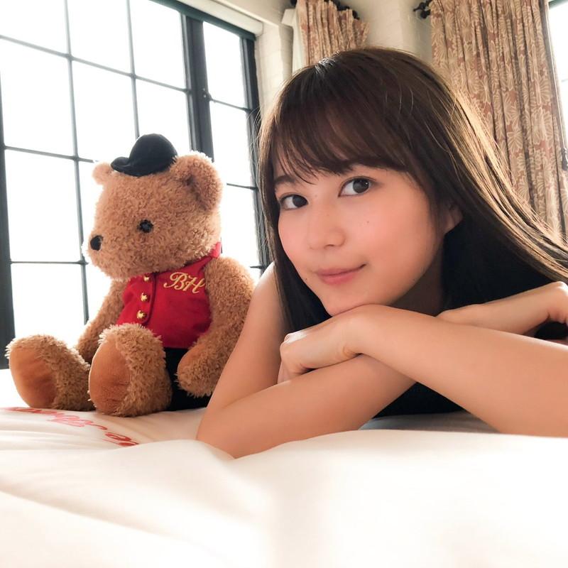 【生田絵梨花グラビア画像】アイドルは女優になる為の糧というストイック美女 60