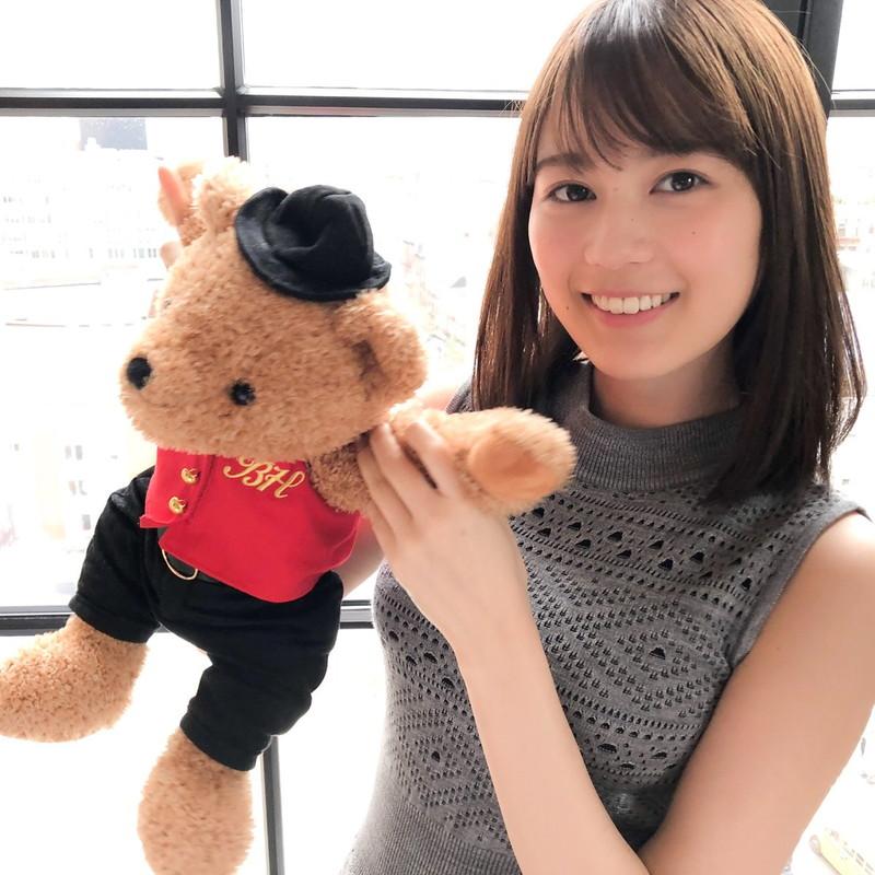 【生田絵梨花グラビア画像】アイドルは女優になる為の糧というストイック美女 64