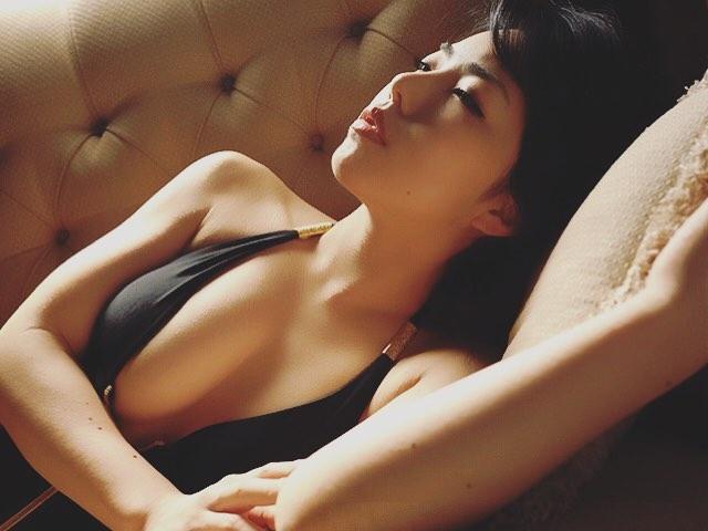 【永岡怜子ヌード画像】Gカップ巨乳ボディをヘアヌードで魅せつけるエロ美女 23