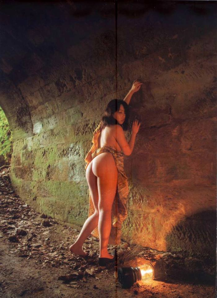 【永岡怜子ヌード画像】Gカップ巨乳ボディをヘアヌードで魅せつけるエロ美女 27
