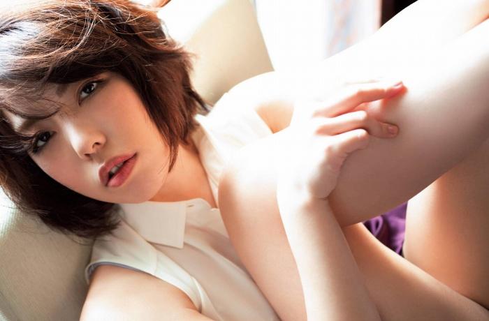 【永岡怜子ヌード画像】Gカップ巨乳ボディをヘアヌードで魅せつけるエロ美女 30