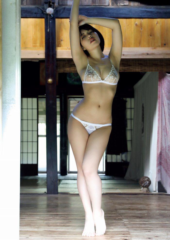 【永岡怜子ヌード画像】Gカップ巨乳ボディをヘアヌードで魅せつけるエロ美女 42