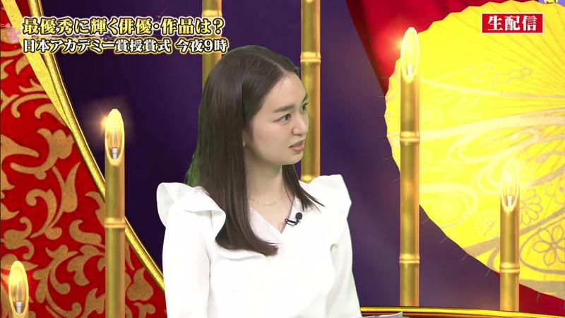 【女子アナキャプ画像】アラサーに見えない童顔アナウンサーの透け服! 16