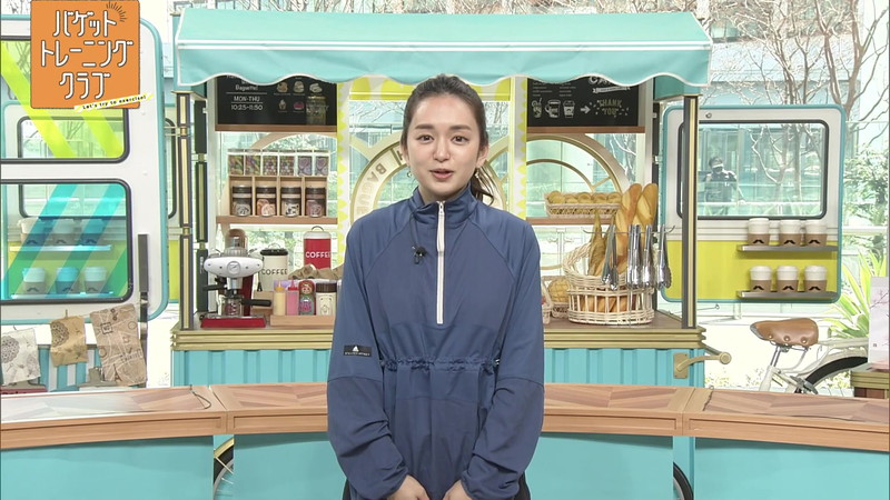 【女子アナキャプ画像】アラサーに見えない童顔アナウンサーの透け服! 28