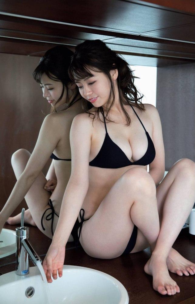 【井口綾子グラビア画像】毎朝お兄ちゃんのモーニングキスで起きるってマジかよw 42