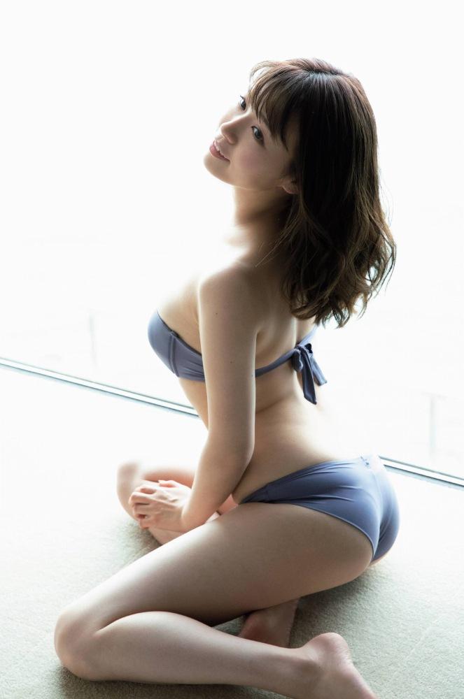 【井口綾子グラビア画像】毎朝お兄ちゃんのモーニングキスで起きるってマジかよw 49