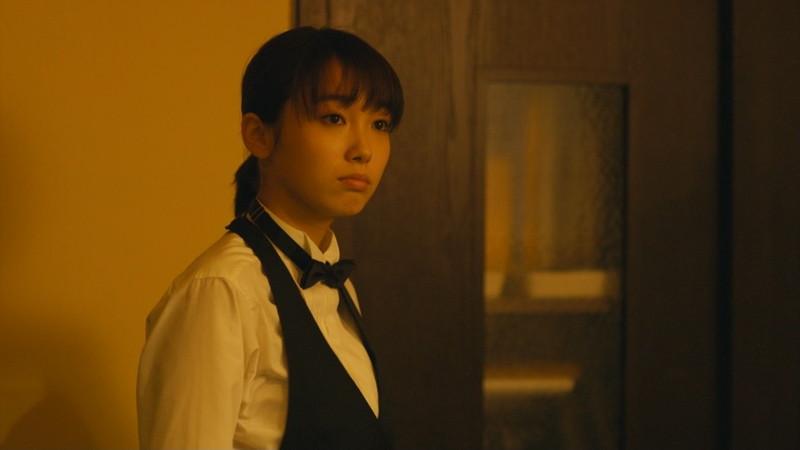 【飯豊まりえお宝画像】モデルもやってる可愛い女優の疑似フェラと濡れ場 14