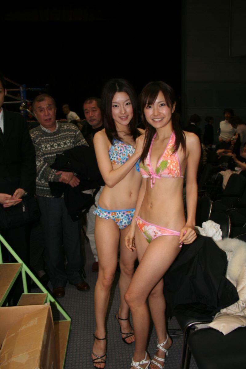 【ラウンドガールエロ画像】格闘技のリングを華やか彩る美女たち 48