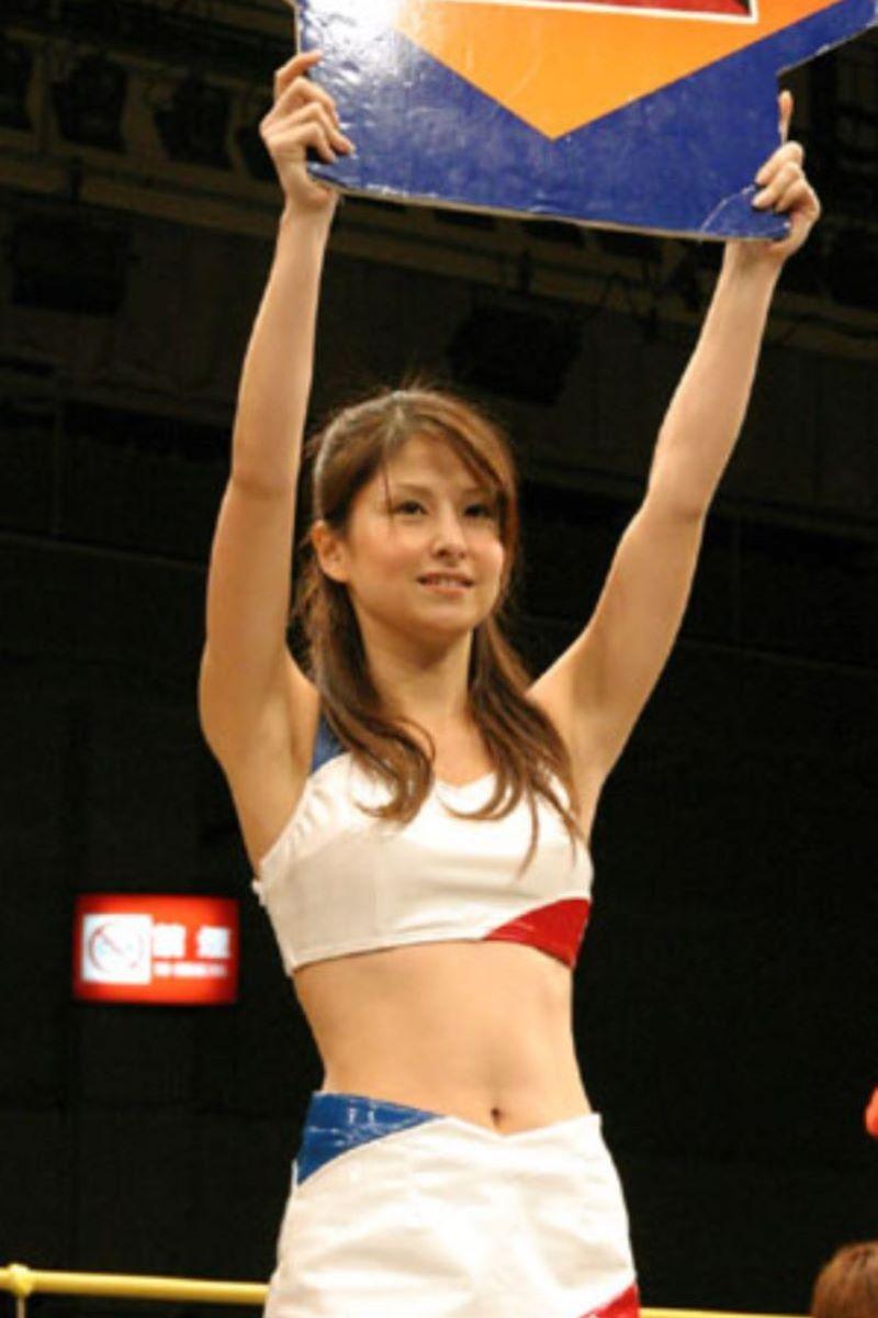 【ラウンドガールエロ画像】格闘技のリングを華やか彩る美女たち 62