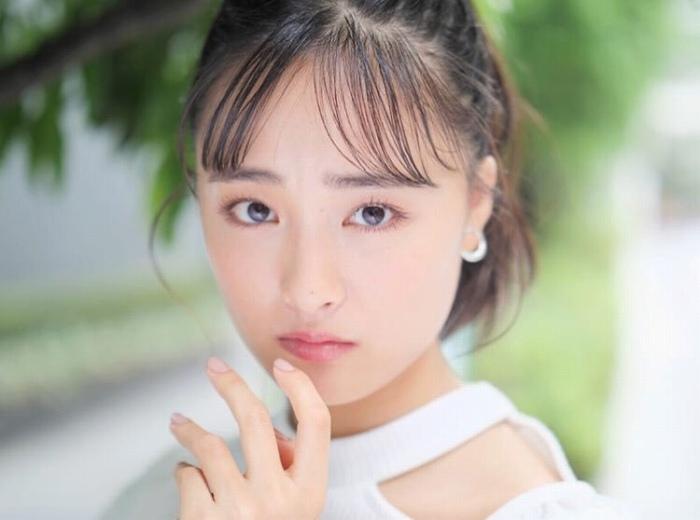 【大友花恋グラビア画像】小学生時代に読モから芸能人に目覚めた美少女