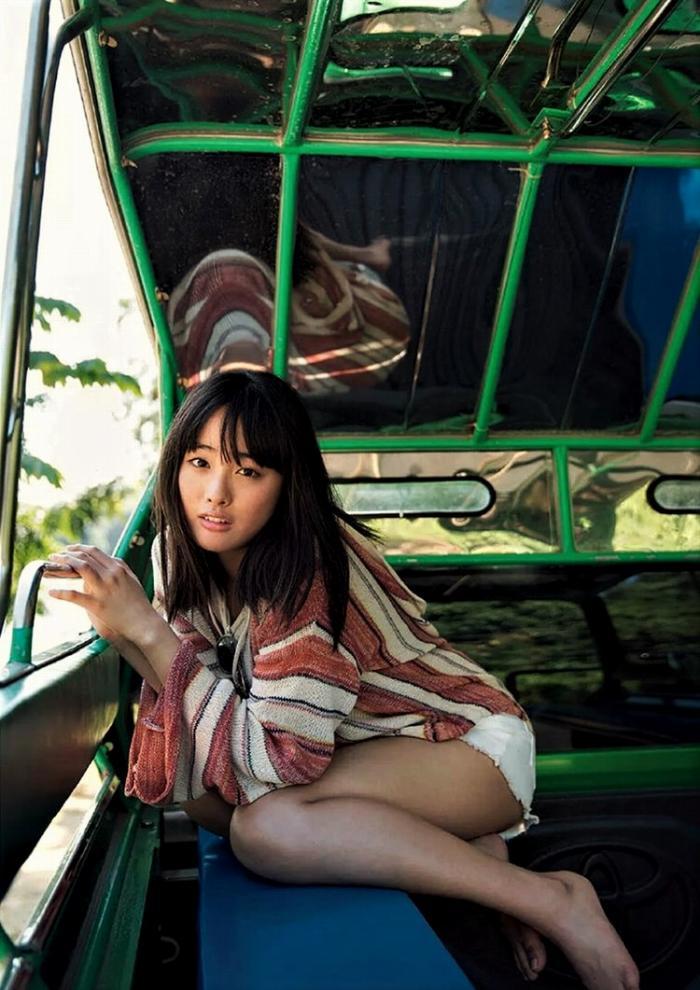 【大友花恋グラビア画像】小学生時代に読モから芸能人に目覚めた美少女 14