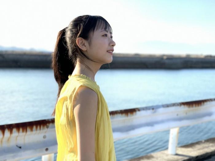 【石田千穂グラビア画像】突然活動休止を発表した美少女センターアイドル 17