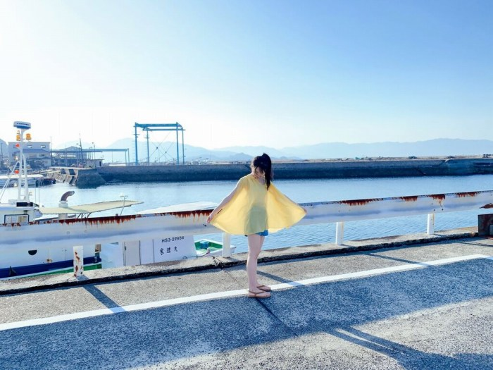 【石田千穂グラビア画像】突然活動休止を発表した美少女センターアイドル 18