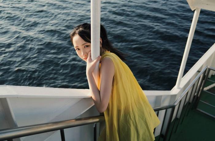 【石田千穂グラビア画像】突然活動休止を発表した美少女センターアイドル 20