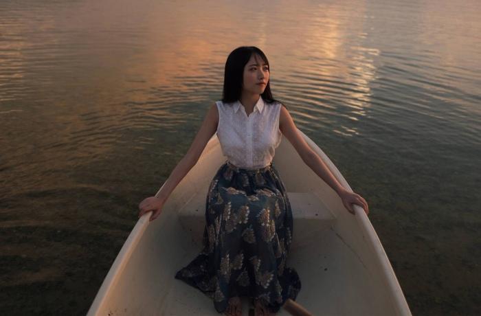 【石田千穂グラビア画像】突然活動休止を発表した美少女センターアイドル 30