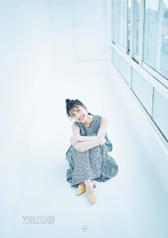 【石田千穂グラビア画像】突然活動休止を発表した美少女センターアイドル 48