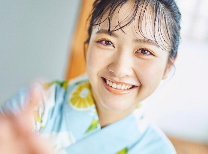 【石田千穂グラビア画像】突然活動休止を発表した美少女センターアイドル 51