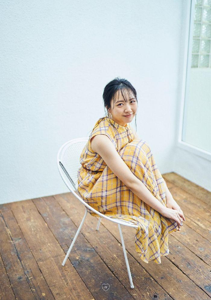 【石田千穂グラビア画像】突然活動休止を発表した美少女センターアイドル 53