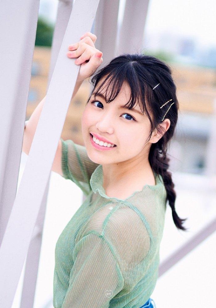 【石田千穂グラビア画像】突然活動休止を発表した美少女センターアイドル 63