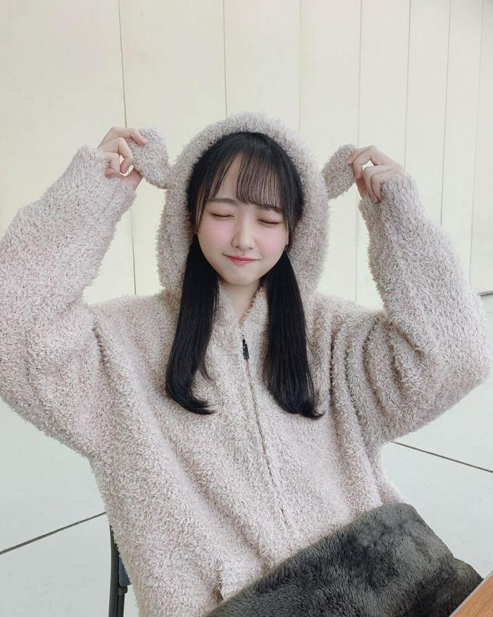 【石田千穂グラビア画像】突然活動休止を発表した美少女センターアイドル 67