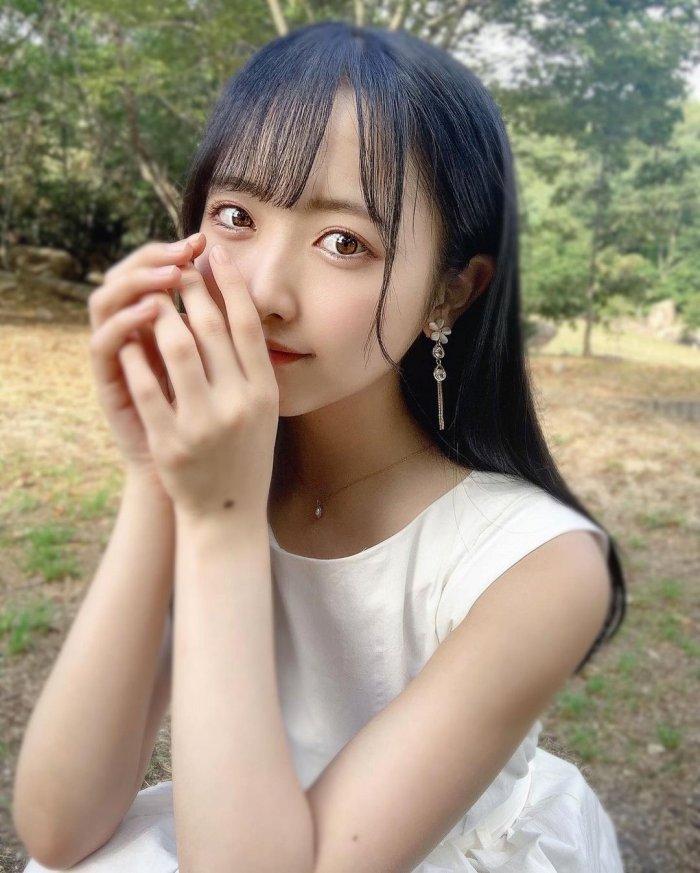 【石田千穂グラビア画像】突然活動休止を発表した美少女センターアイドル 79