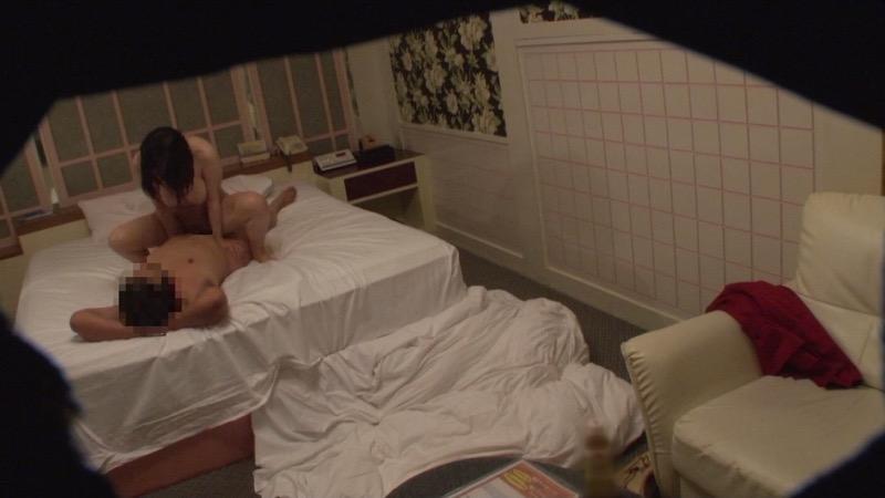 【ラブホテル盗撮画像】ラブホテルのセックスシーンを隠し撮りしたエロ画像集 36