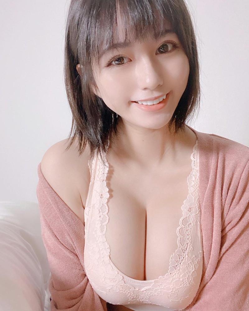 【ヴァネッサ・パンエロ画像】実業家でコスプレイヤーの台湾発美人グラドル 63