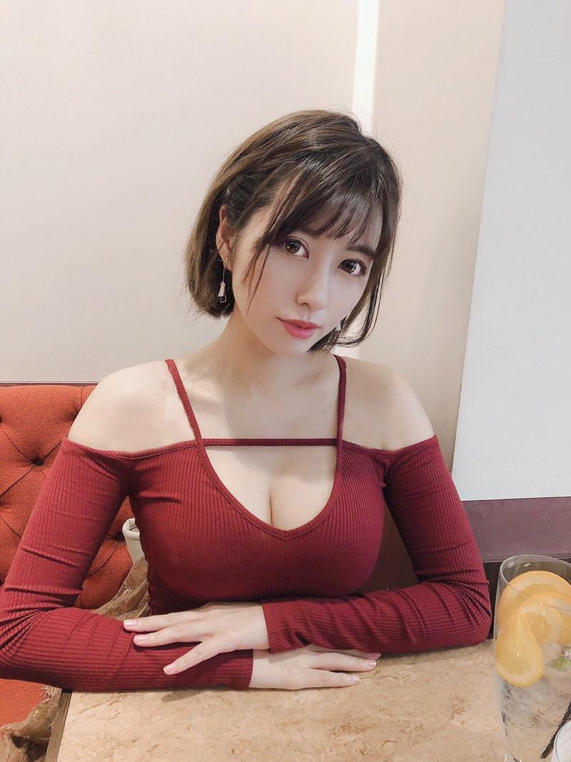 【ヴァネッサ・パンエロ画像】実業家でコスプレイヤーの台湾発美人グラドル 76