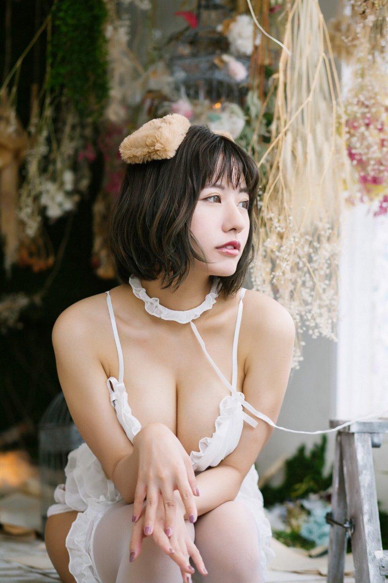 【ヴァネッサ・パンエロ画像】実業家でコスプレイヤーの台湾発美人グラドル 78