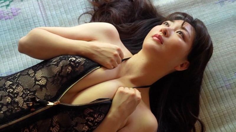 【歩りえこキャプ画像】Gカップ巨乳に90cmヒップのエロボディ美熟女 71