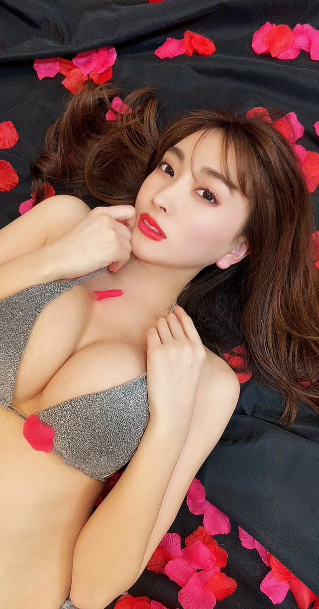 【森咲智美キャプ画像】インスタフォロワー400万人とか凄いなwwww 63