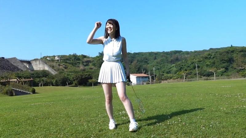 【山岸楓キャプ画像】パイズリさせたらすぐイケそうな色白垂れ爆乳! 05