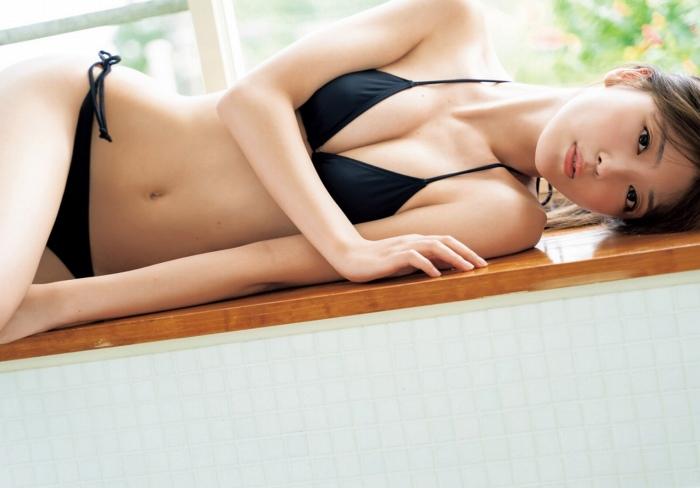 【工藤美桜グラビア画像】小学4年からモデルやってる細身美女のビキニ姿 17