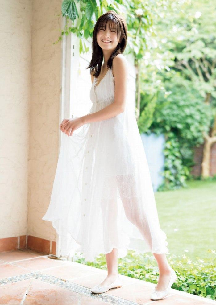 【工藤美桜グラビア画像】小学4年からモデルやってる細身美女のビキニ姿 73
