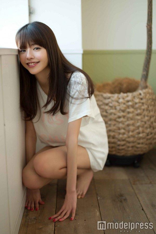 【鈴木ゆうかキャプ画像】Bカップのスレンダーボディが綺麗な激かわモデル 55