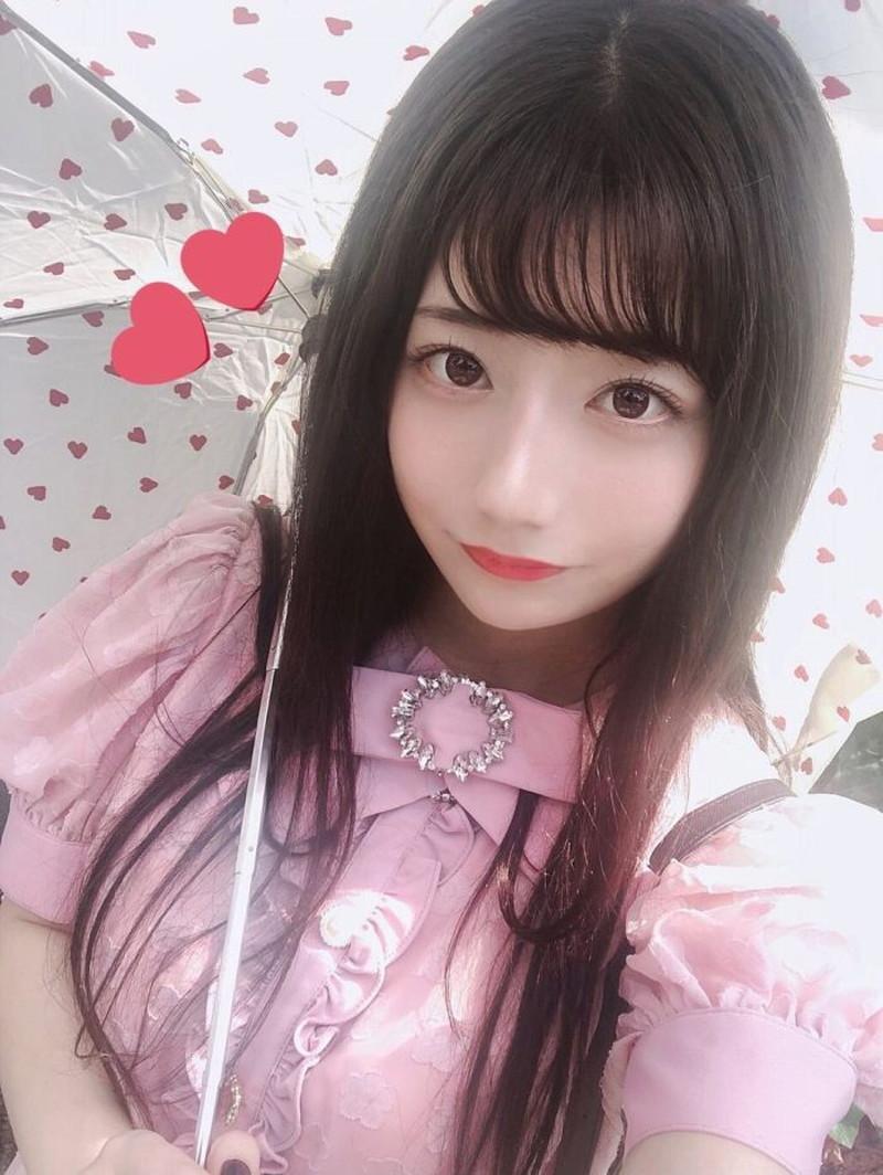 【鈴木優香グラビア画像】谷間をチラ見せしてるエロくて可愛いAKBアイドル 23