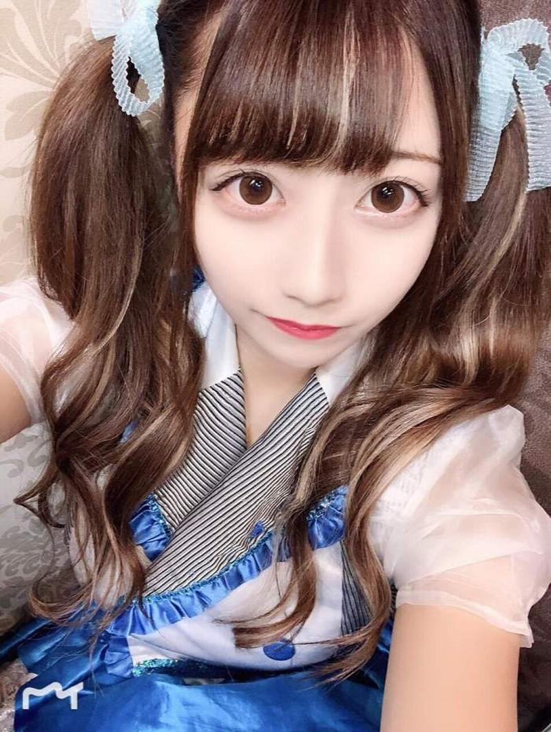 【鈴木優香グラビア画像】谷間をチラ見せしてるエロくて可愛いAKBアイドル 24
