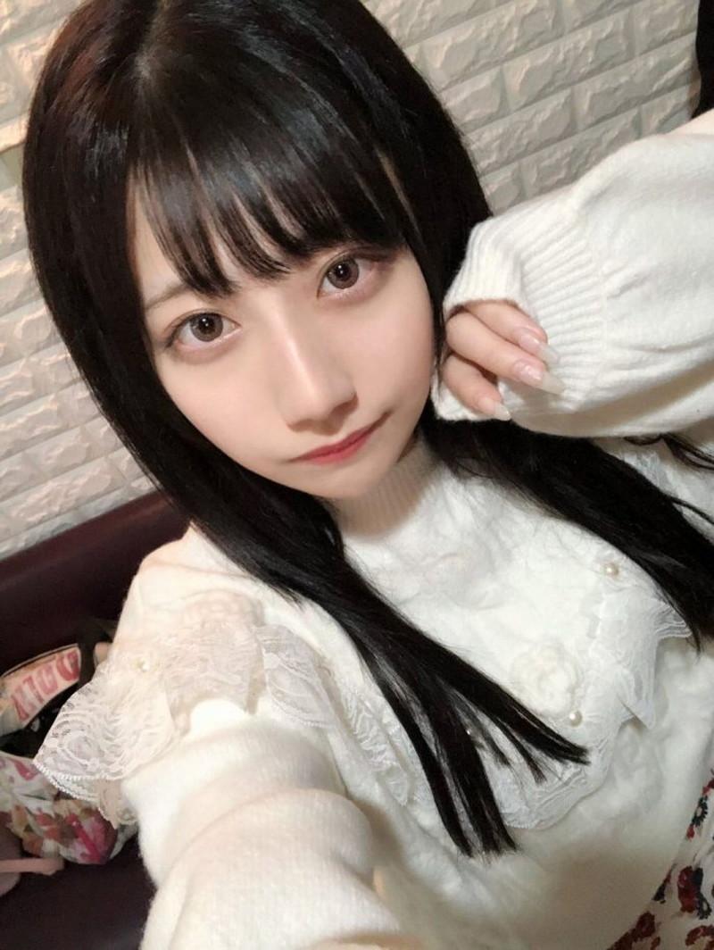 【鈴木優香グラビア画像】谷間をチラ見せしてるエロくて可愛いAKBアイドル 25