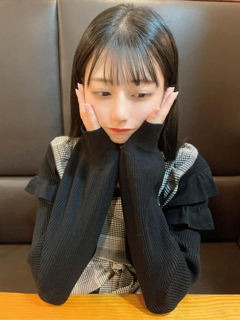 【鈴木優香グラビア画像】谷間をチラ見せしてるエロくて可愛いAKBアイドル 47