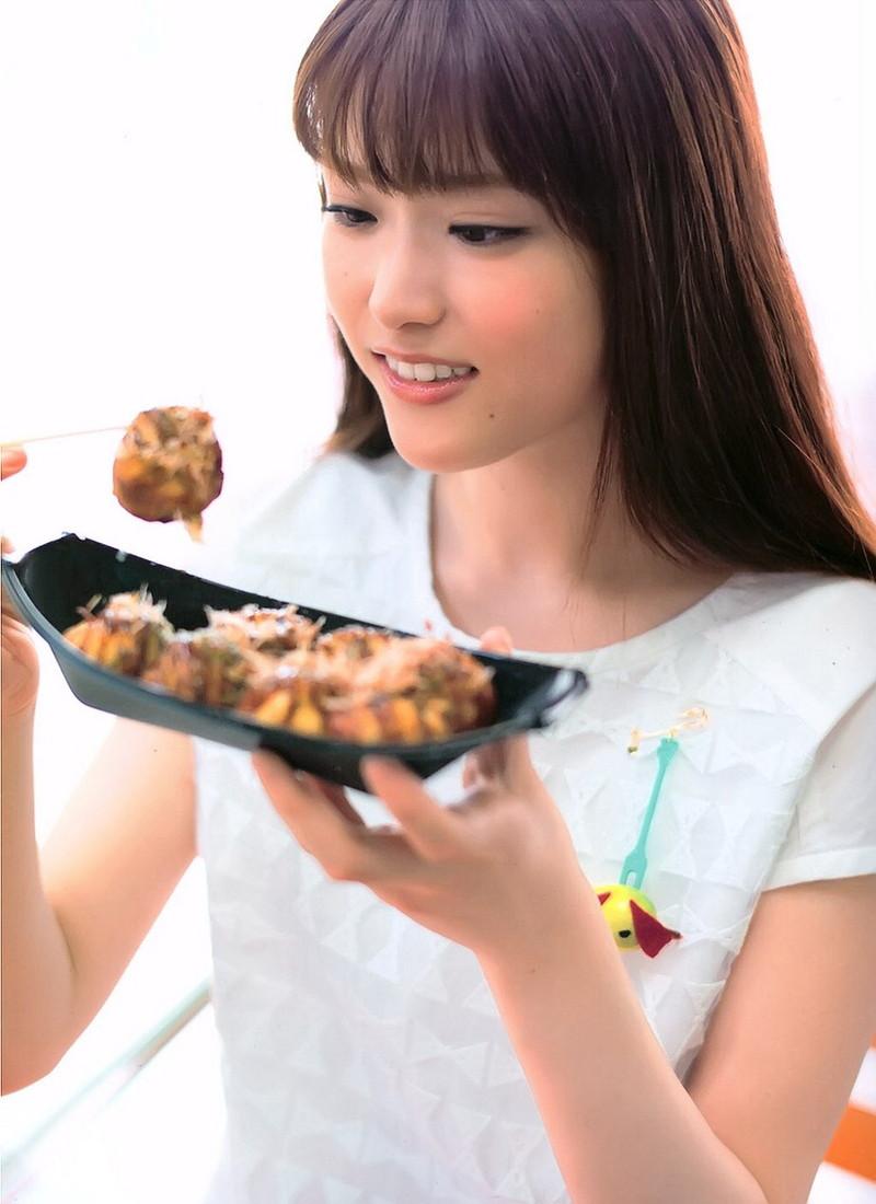 【松村沙友理キャプ画像】食いしん坊なのにスレンダーってずるいなwwww 36