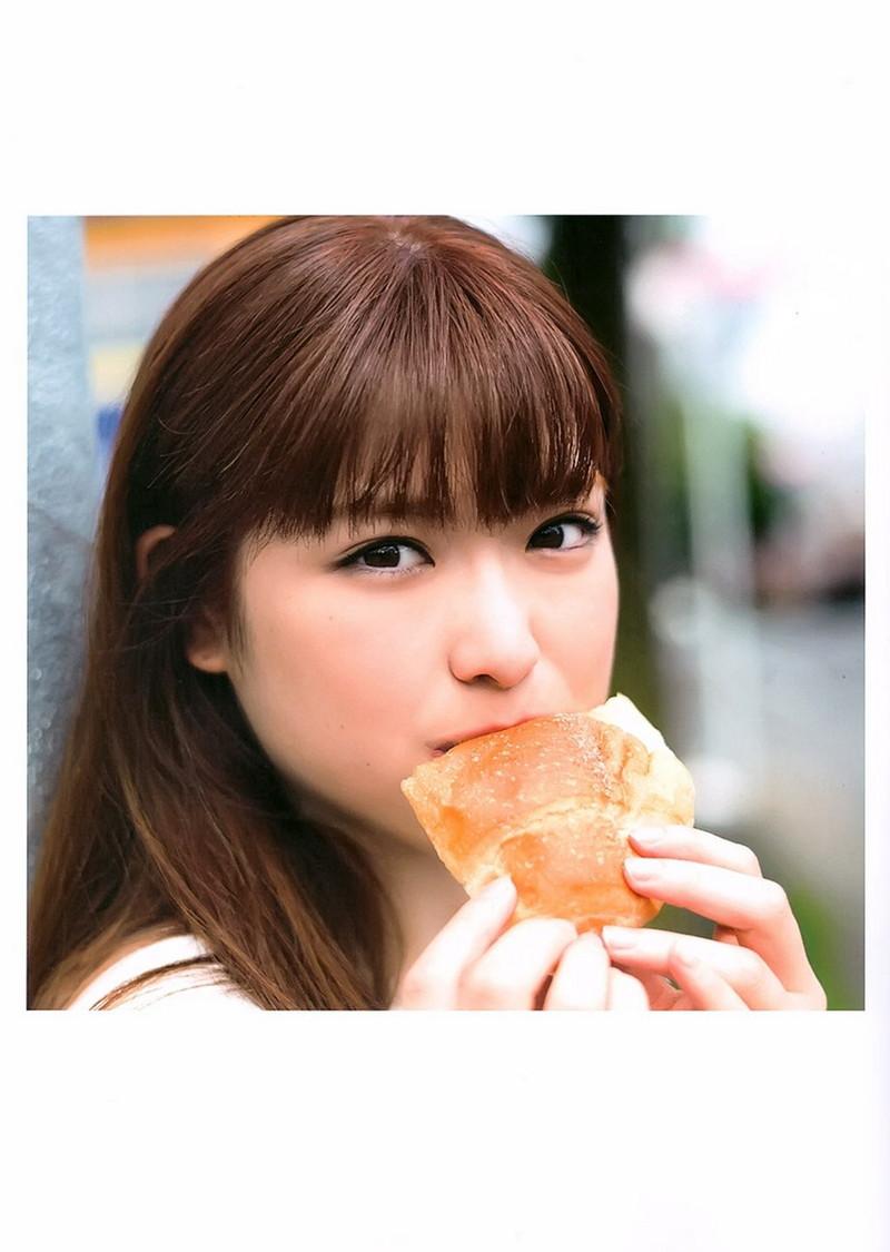 【松村沙友理キャプ画像】食いしん坊なのにスレンダーってずるいなwwww 40