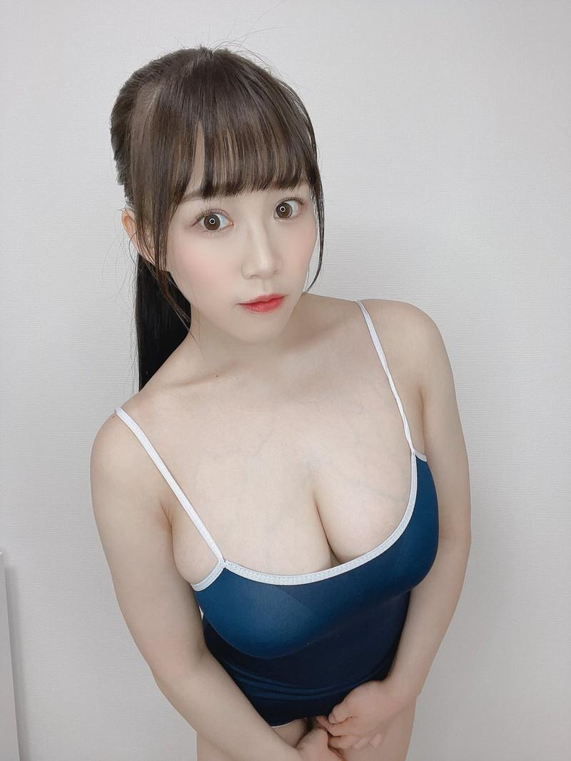 【愛萌なのエロ画像】むっちむちIカップ爆乳巨尻ボディの現役女子大生 62
