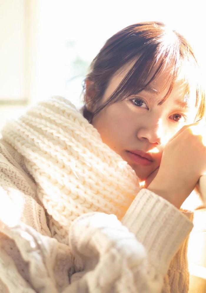 【伊藤美来グラビア画像】笑顔がステキな美少女系声優のエロカワ写真 28