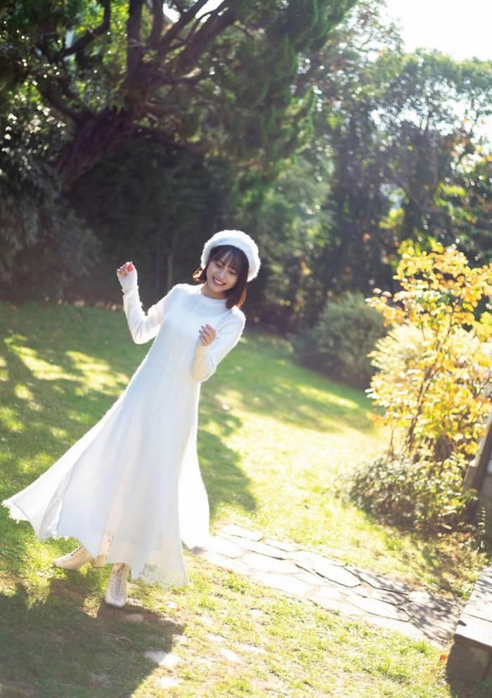 【伊藤美来グラビア画像】笑顔がステキな美少女系声優のエロカワ写真 37