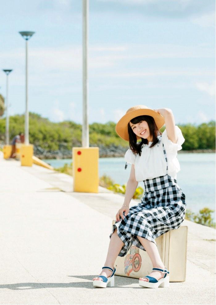 【伊藤美来グラビア画像】笑顔がステキな美少女系声優のエロカワ写真 40