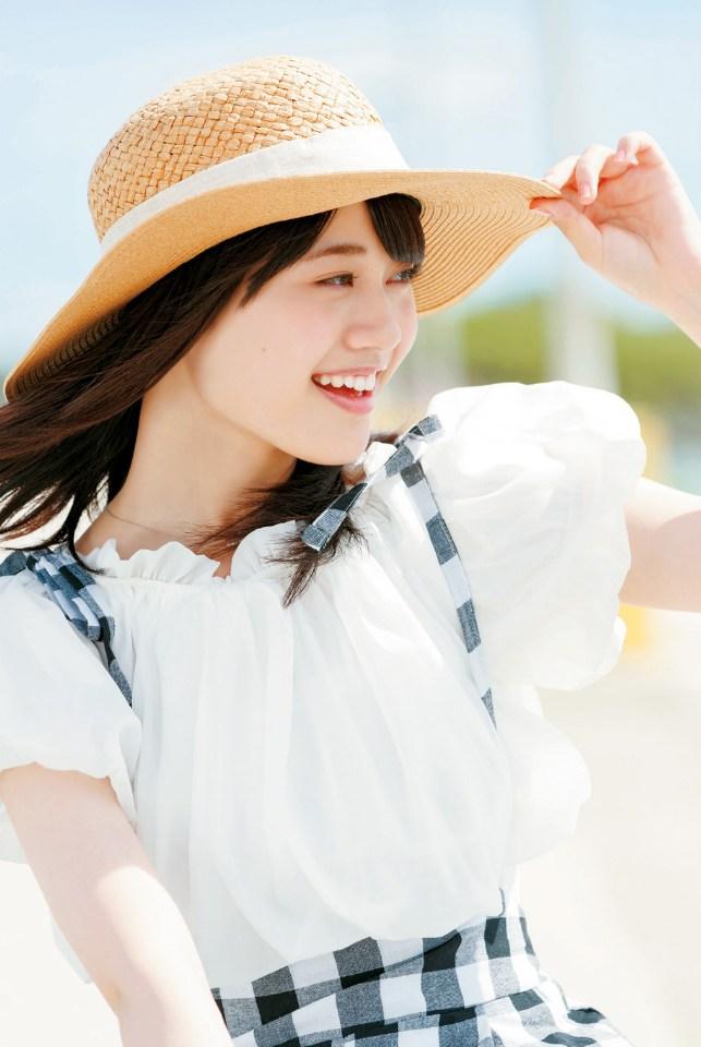 【伊藤美来グラビア画像】笑顔がステキな美少女系声優のエロカワ写真 41