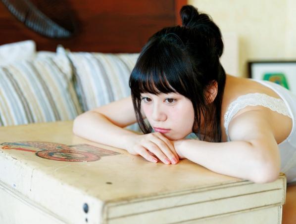 【伊藤美来グラビア画像】笑顔がステキな美少女系声優のエロカワ写真 45