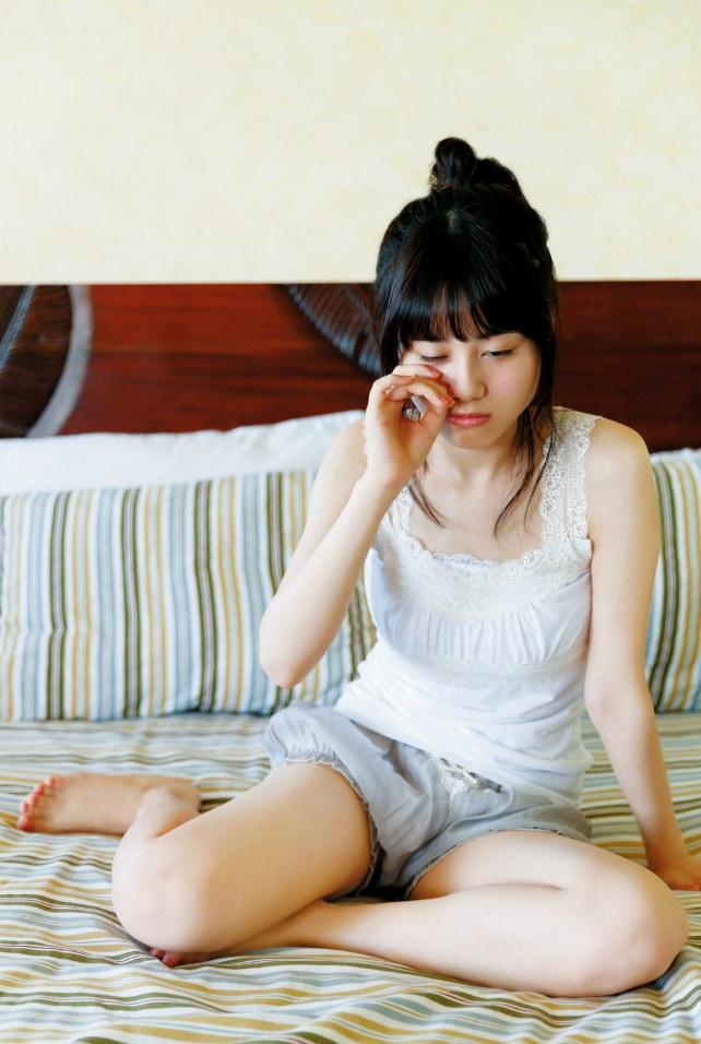 【伊藤美来グラビア画像】笑顔がステキな美少女系声優のエロカワ写真 48